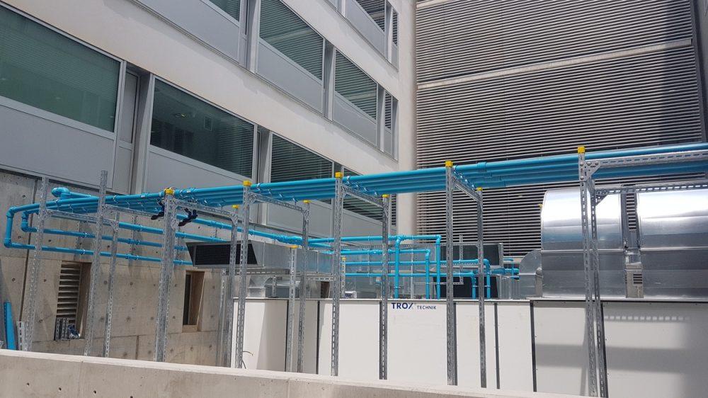 Producción de calor y sala de acumulación con tuberias de polipropileno